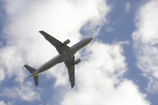 飞机和天空5