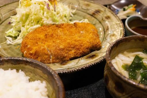 Low cutlet set meal