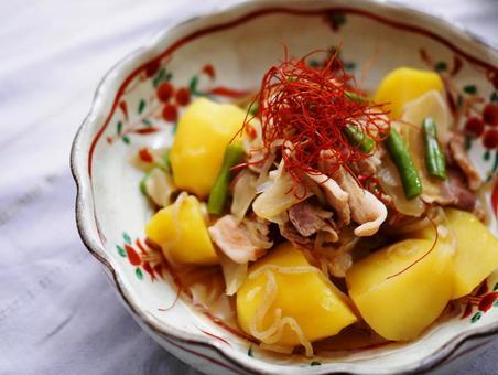 고기 1 ~ Japanese hotpot with meat and potatoes ~