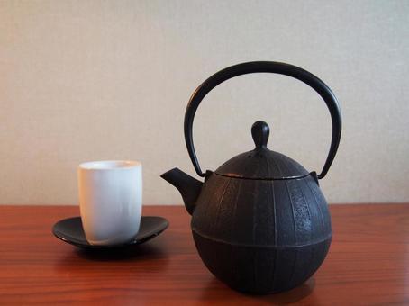南部鐵茶壺