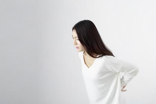 Japanese women suffering from low back pain 2