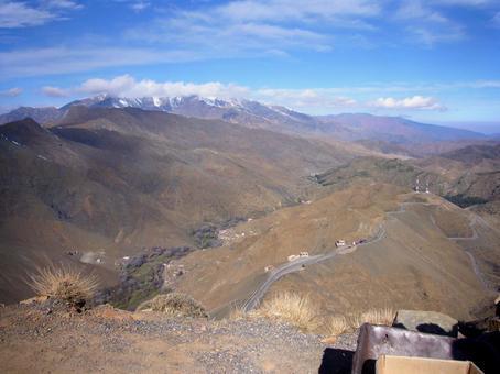 멀리서 보면 아틀라스 산맥