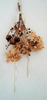 Dried flowers, roses, annabels, interiors
