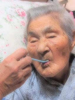 Diet for the elderly care
