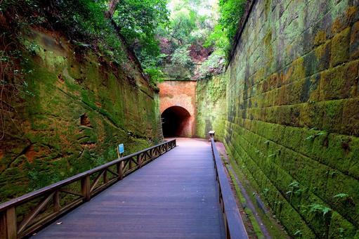 Yokosuka · Sarushima The way to a tunnel of brick construction