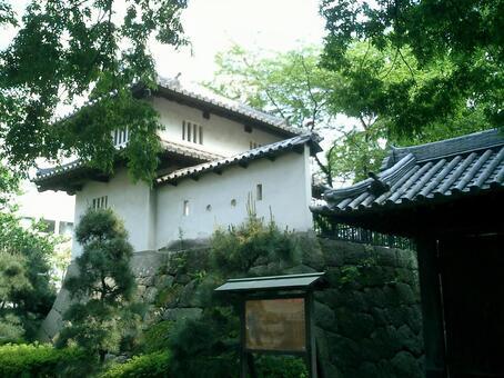 高崎城堡幹塔和本丸東門