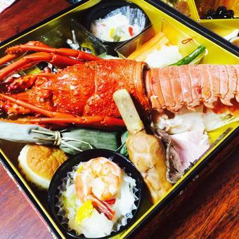 Shrimp with luxury osechi of Ise shrimp