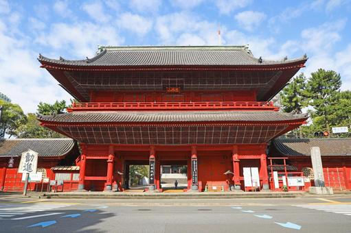 San Gedatsumon Gate at Zojoji Temple