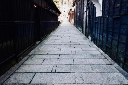 古い石畳の路地