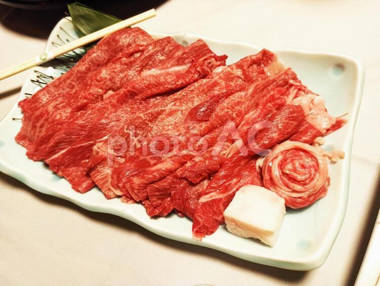高級牛肉の皿の写真
