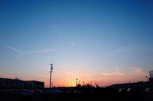 秋季日落前的風景