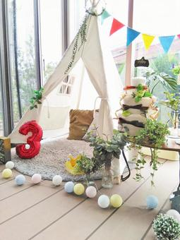 Birthday display with tent