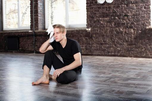 Male dancer who takes a break 1