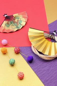 Folding fan and Maitama weeping
