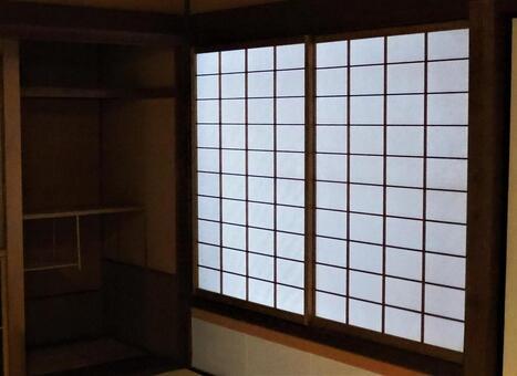 Japanese-style room shoji