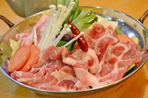 돼지 고기 냄비