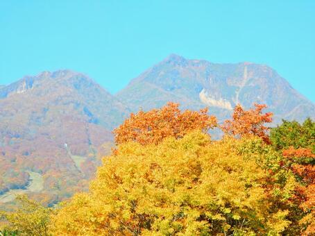 Myoko series (autumn leaves and Mt. Myoko)
