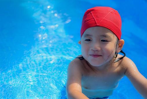 Child in red cap