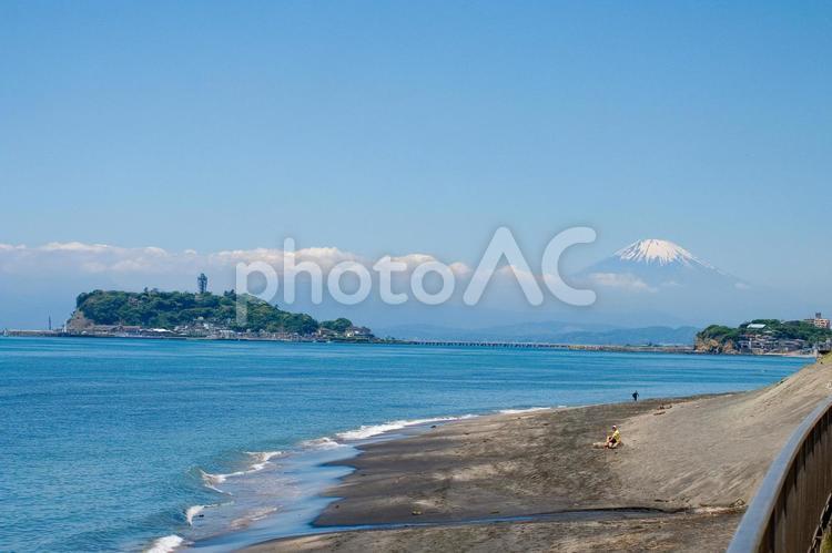 江の島と富士山の写真
