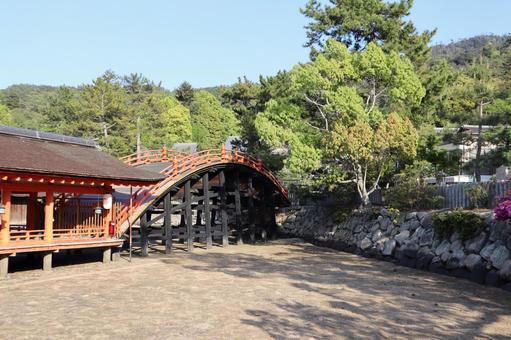 Itsukushima Shrine April 2021 (14)