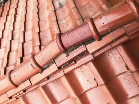 기와 태풍 지진 기와 차이 기와 지붕 용마루
