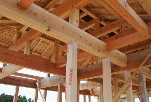 목조 주택 건설 현장 8-2