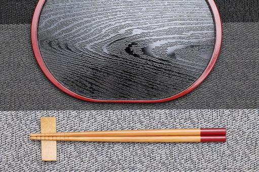 Chopsticks tray