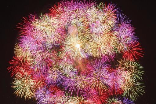 나가오카 불꽃 놀이