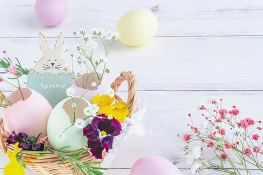 Easter egg and flower frame Egg shell arrangement