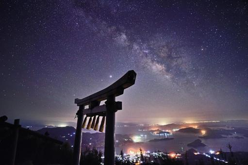 Starry sky seen from the summit of Mt. Kura