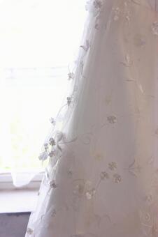 Wedding dress hem 1