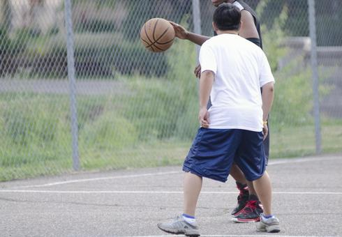 Landscape playing basketball 7