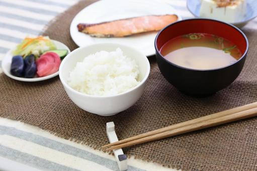 Simple Japanese set menu 3