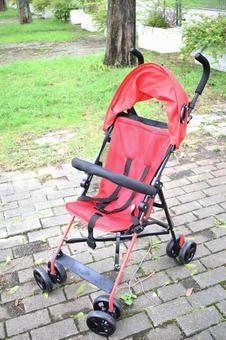 B型婴儿车