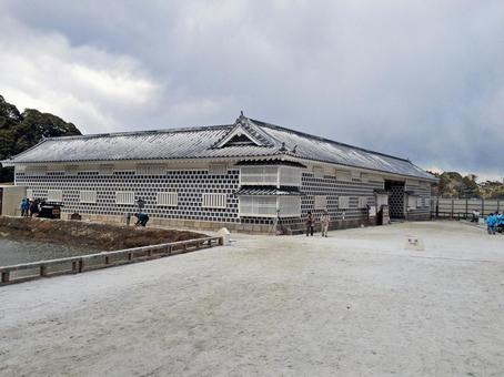 "Movie ""Strange outside of Sakuradon gate"" open location set"