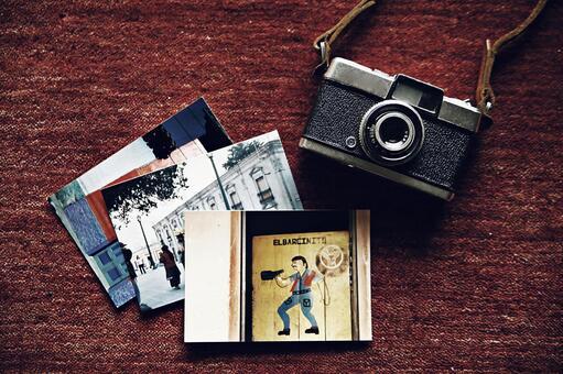 카메라 28