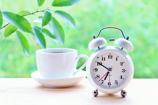 Refreshing morning and alarm clock