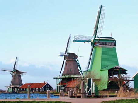 Zaanse-Scans windmill Holland