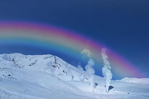 Asahidake with a spectacular view that shines in seven colors