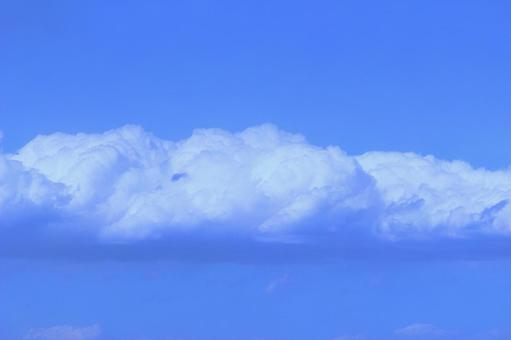 Blue sky and white clouds (wallpaper free free material background) Photo 03