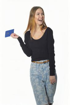 여권을 가진 여자 2