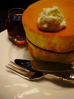 Souffle bread cake