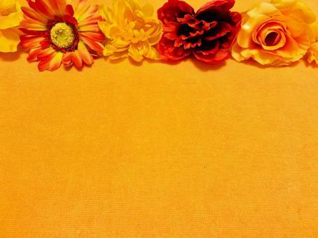 오렌지 배경의 꽃 프레임