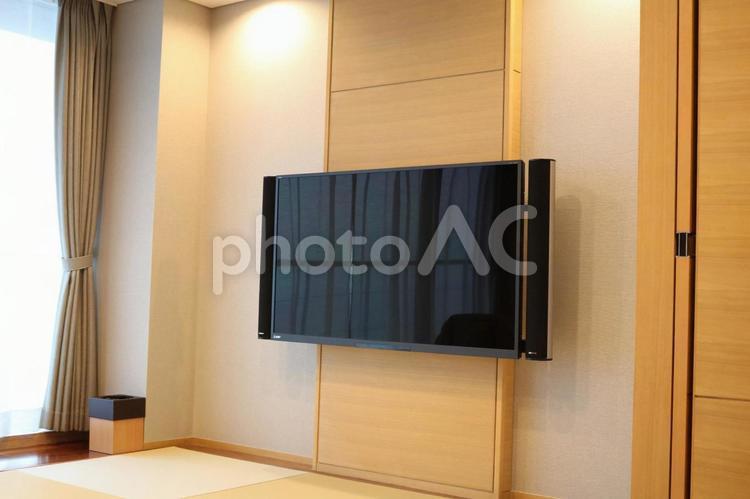 壁掛けテレビの写真