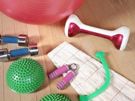 Muscle training balance ball at home