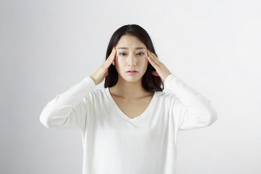 Japanese women suffering from headaches 8