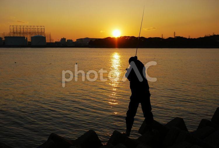 釣り_釣り人_夕日_3の写真