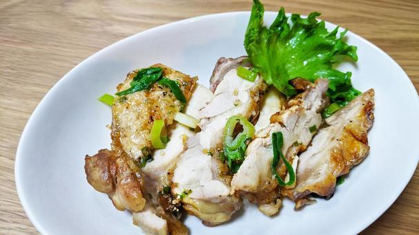 닭고기의 두께 튀김 요리