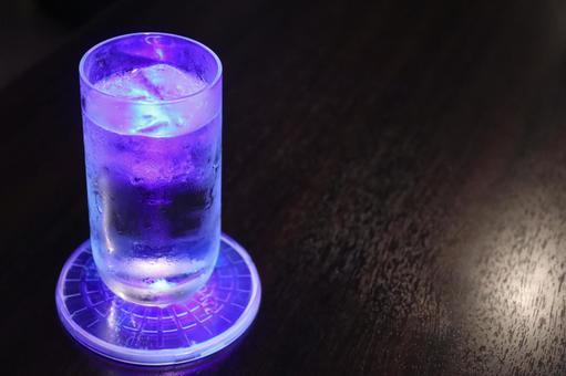 Shining glass (purple)