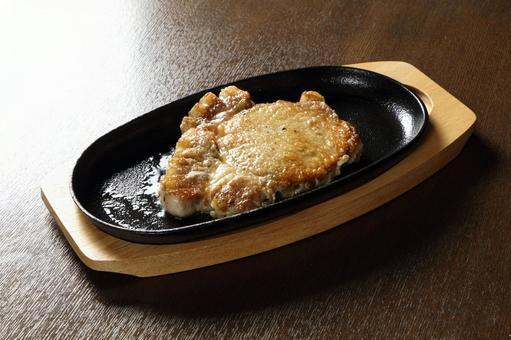 Iron plate pork steak (loin 200g)